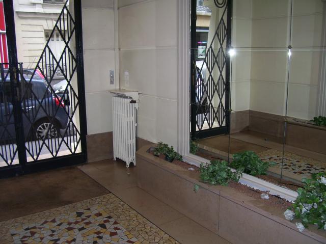 Location Du0027appartement Meublé à Paris   75015   1300 U20ac