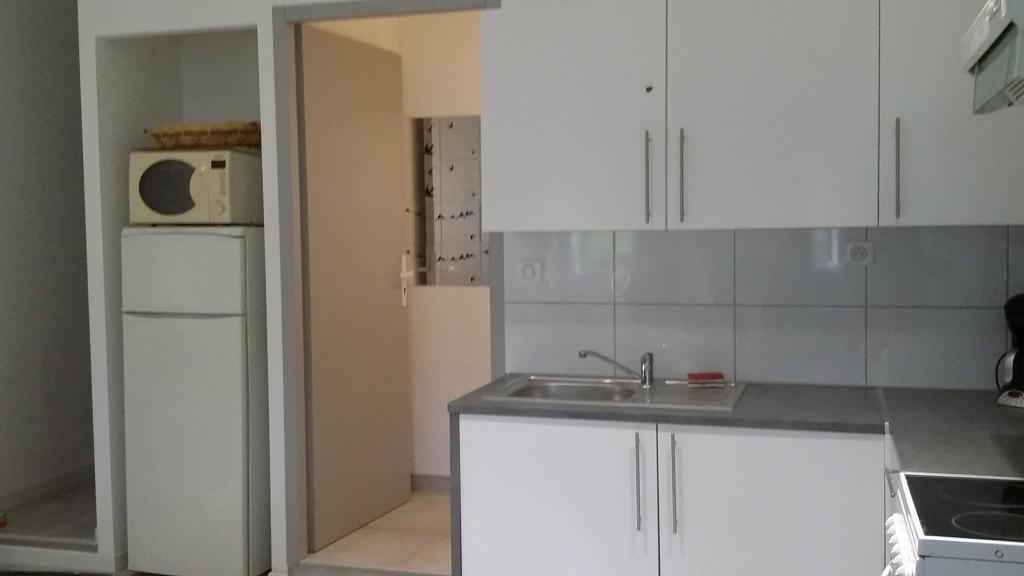particulier location appartement de 50m ceyreste