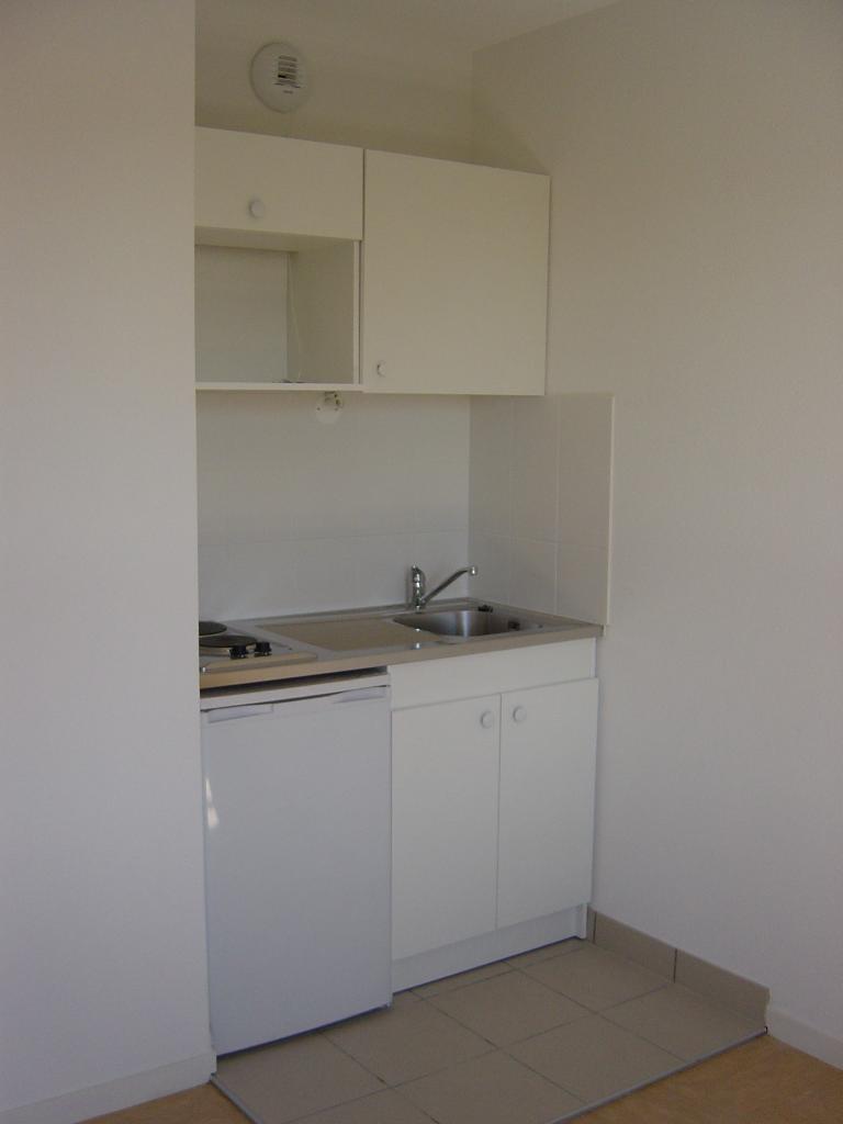Appartement particulier à Saint-Genis-Laval, %type de 19m²