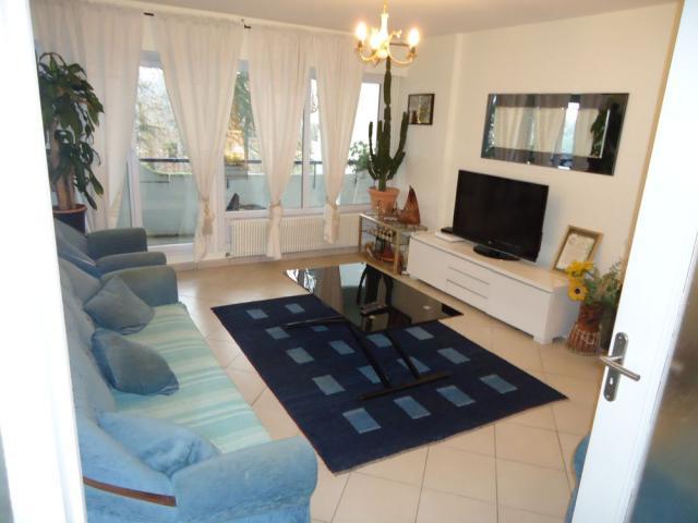 location meubl lyon 9 particulier. Black Bedroom Furniture Sets. Home Design Ideas