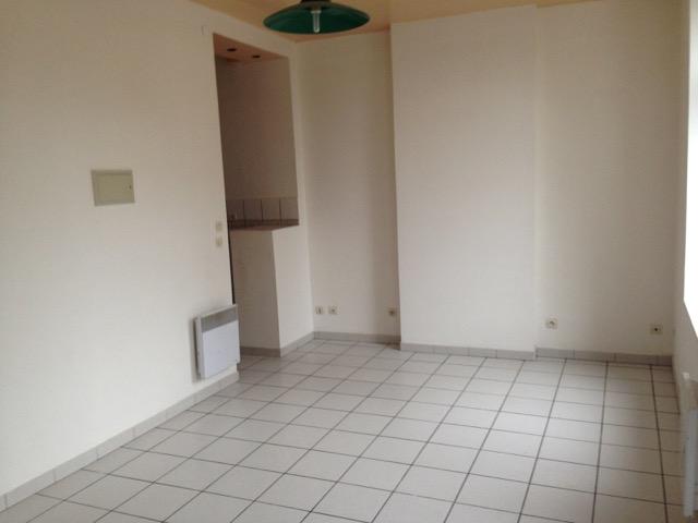 Location appartement entre particulier Élesmes, de 40m² pour ce appartement
