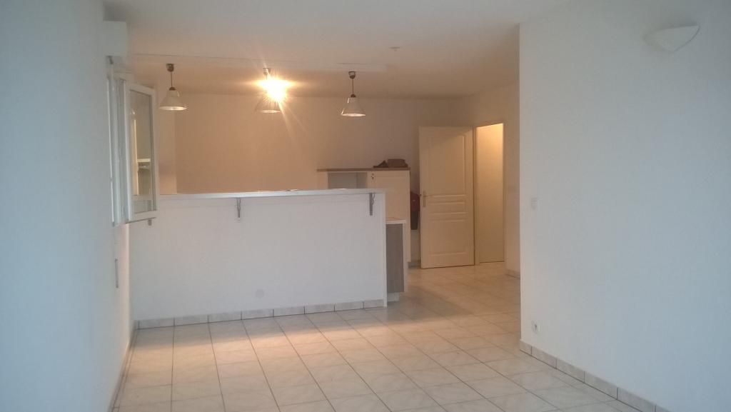 Location appartement entre particulier Parempuyre, de 65m² pour ce appartement