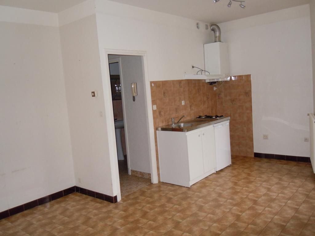De particulier à particulier Comprégnac, appartement appartement, 35m²