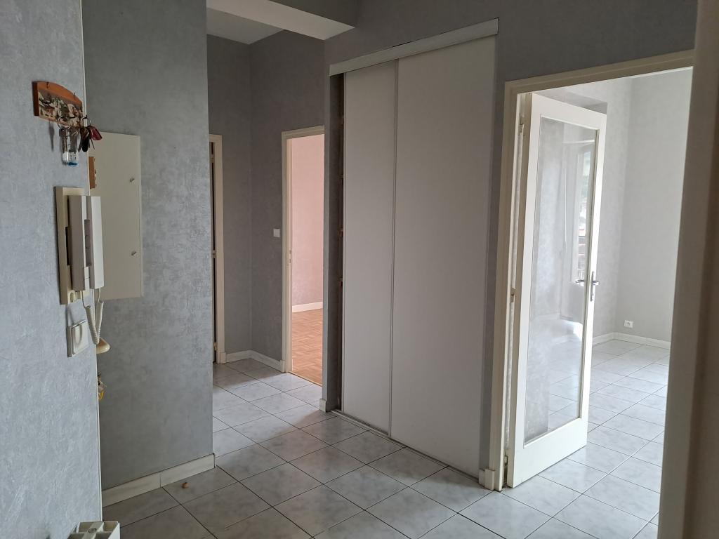 Location appartement entre particulier Comprégnac, appartement de 70m²