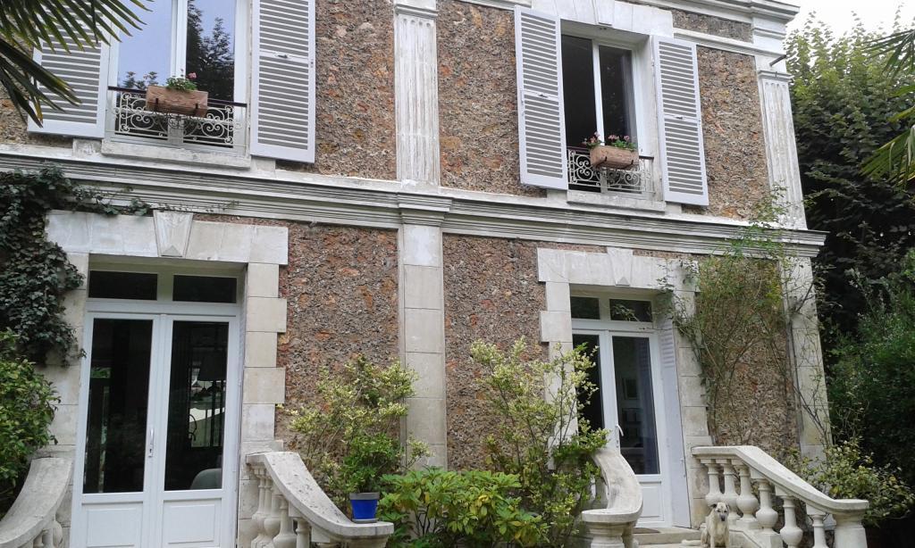 De particulier à particulier , chambre, de 15m² à Rueil-Malmaison