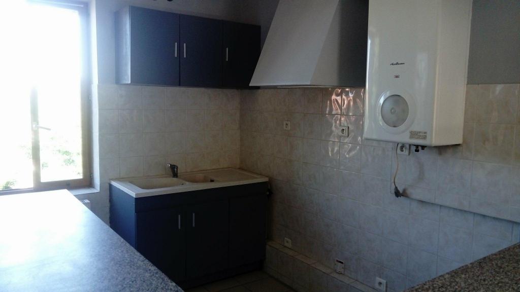 De particulier à particulier, appartement, de 65m² à Montluçon