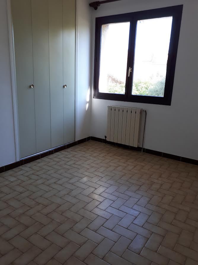 Entre particulier , appartement, de 96m² à Saint-Vincent-de-Barbeyrargues