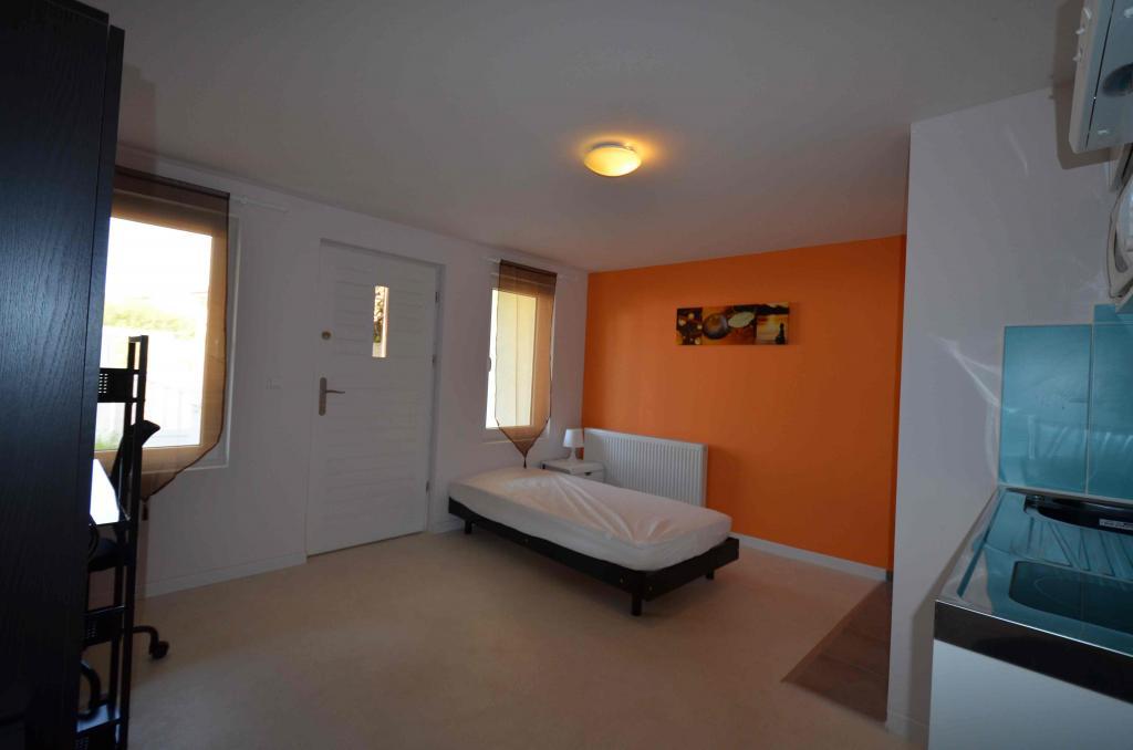 Entre particulier à Gometz-la-Ville, studio, de 14m² à Gometz-la-Ville