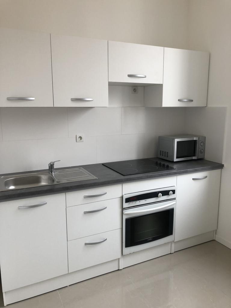 Entre particulier , appartement, de 60m² à Remaucourt