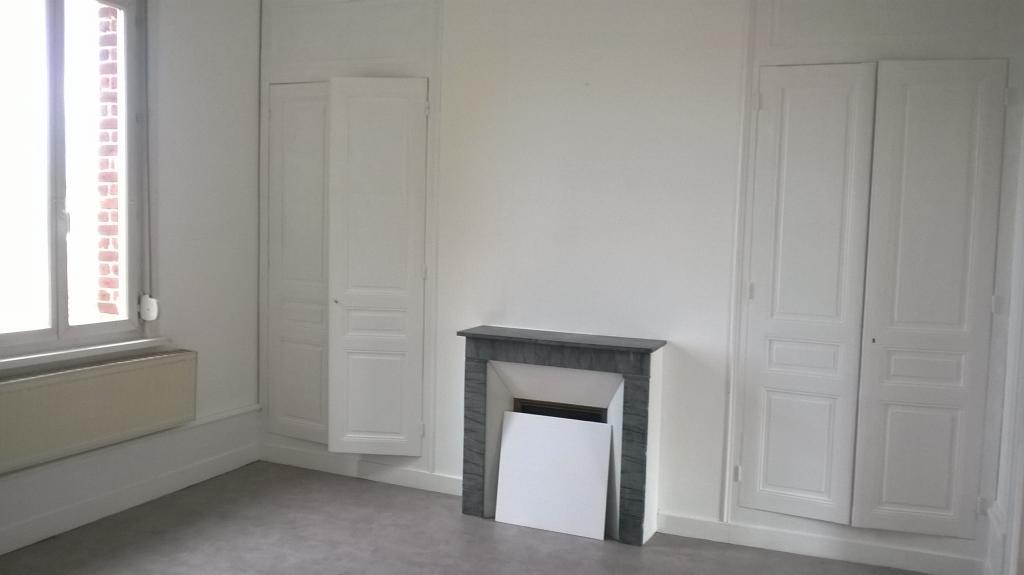 Particulier location, appartement, de 75m² à Englebelmer