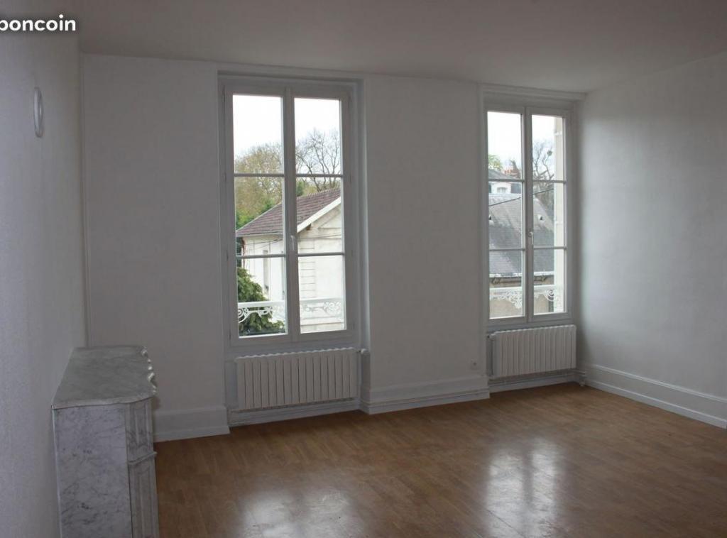 Location de particulier à particulier, appartement, de 50m² à Oinville-sur-Montcient