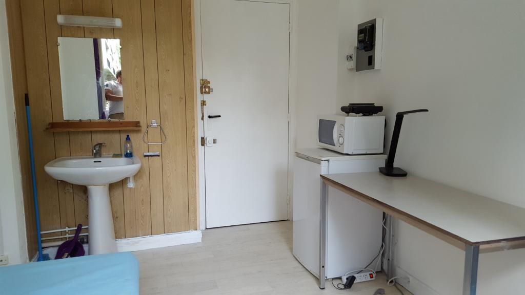 Appartement particulier, chambre, de 11m² à Ville-d'Avray