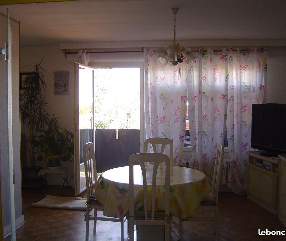 Entre particulier , appartement, de 80m² à Bourg-en-Bresse