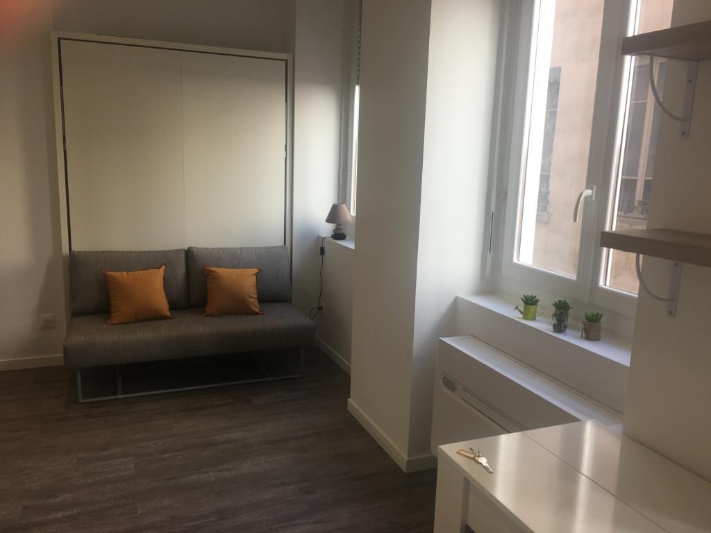 De particulier à particulier Lyon 03, appartement studio, 24m²