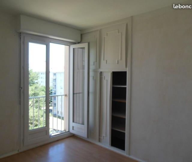 location appartement fontaines sur saone de particulier particulier. Black Bedroom Furniture Sets. Home Design Ideas