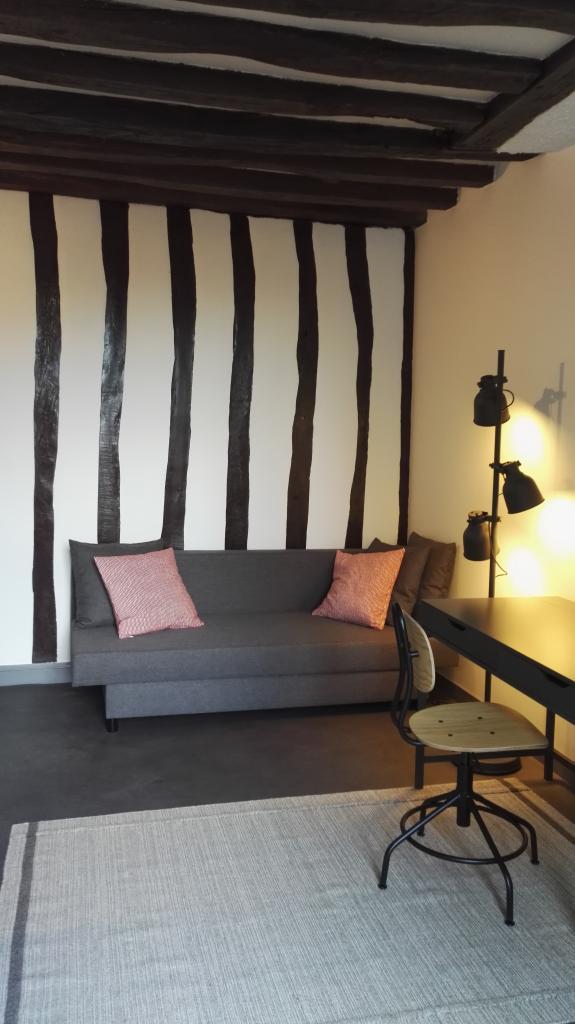 Location immobilière par particulier, Fontainebleau, type studio, 20m²