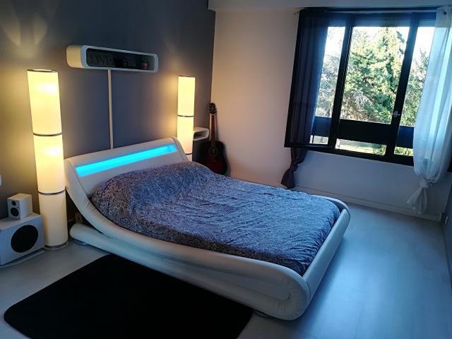 location appartement franconville de particulier particulier. Black Bedroom Furniture Sets. Home Design Ideas