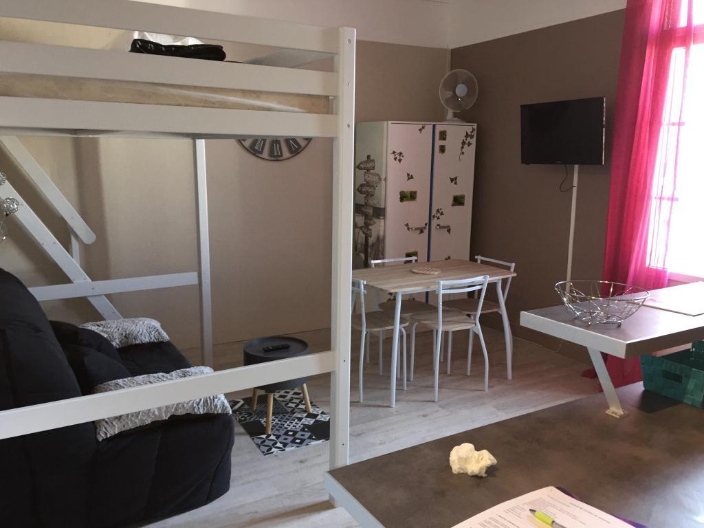 Entre particulier , studio, de 22m² à Saint-Sulpice-de-Royan