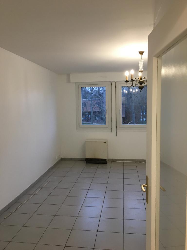 Location de particulier à particulier à Savigny-sur-Orge, appartement studio de 28m²