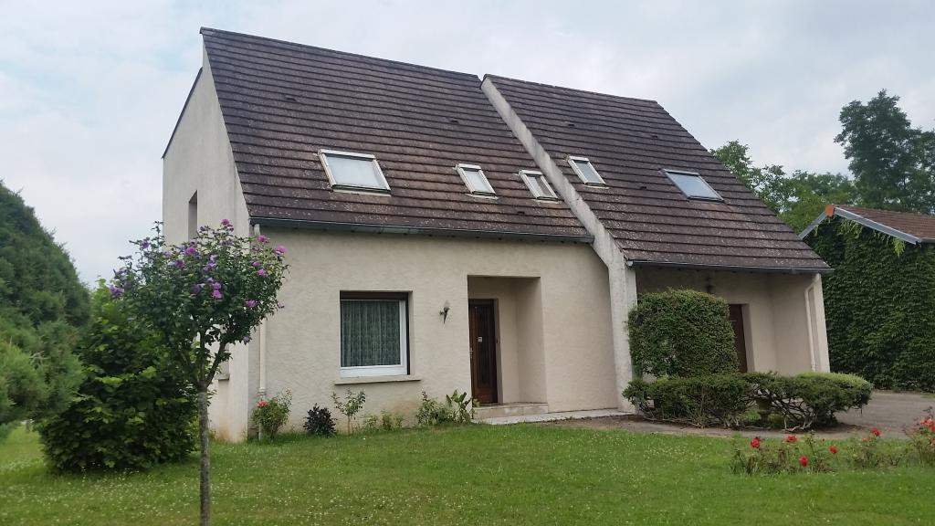 Location particulier à particulier, maison, de 130m² à Saint-Yorre