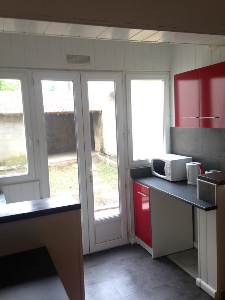 Appartement particulier, studio, de 20m² à Saint-Lucien