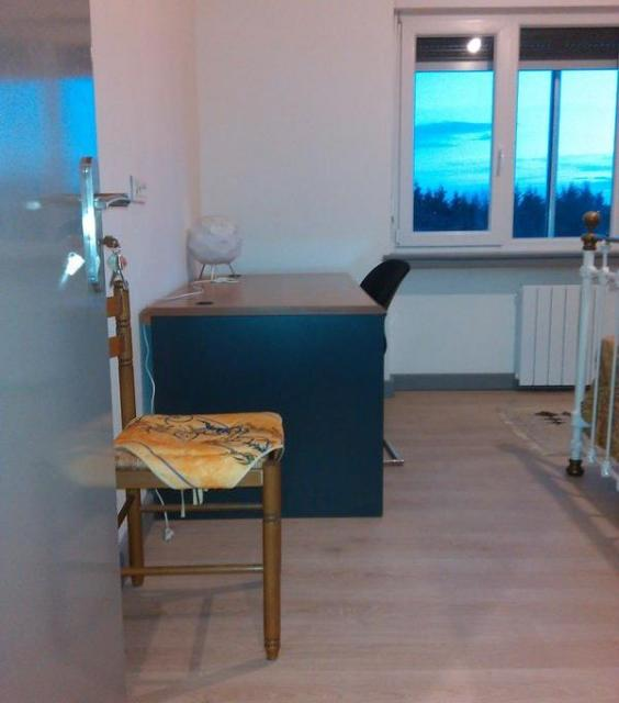 location chambre metz de particulier particulier. Black Bedroom Furniture Sets. Home Design Ideas
