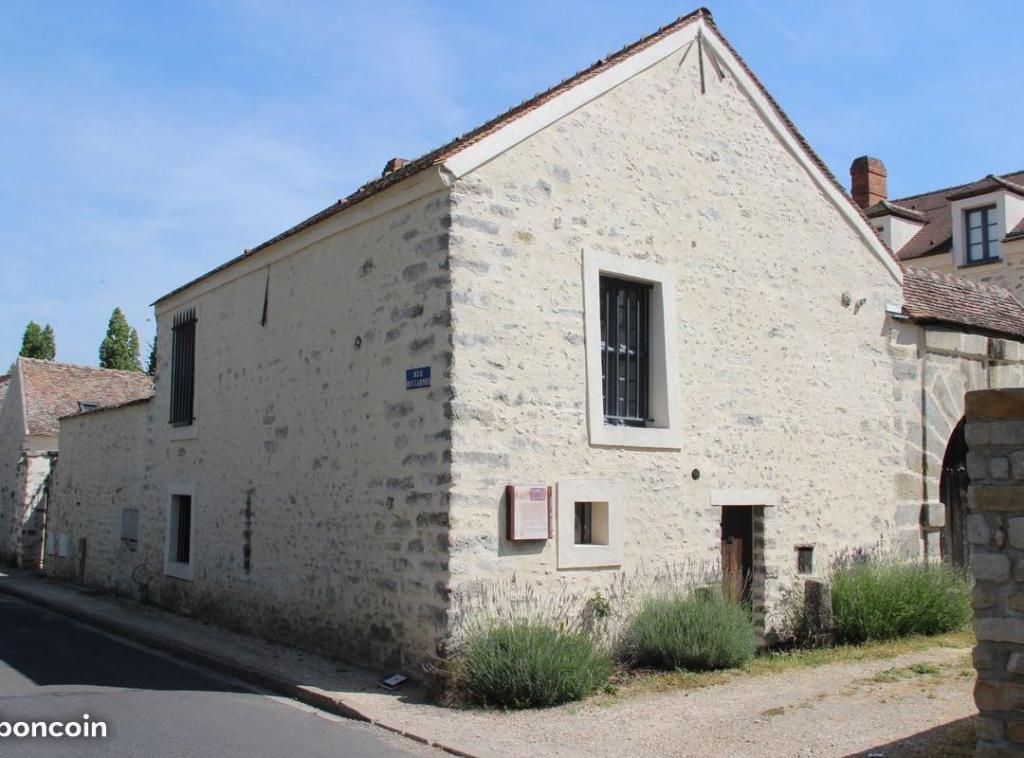 Entre particulier , maison, de 80m² à Saint-Germain-Laxis
