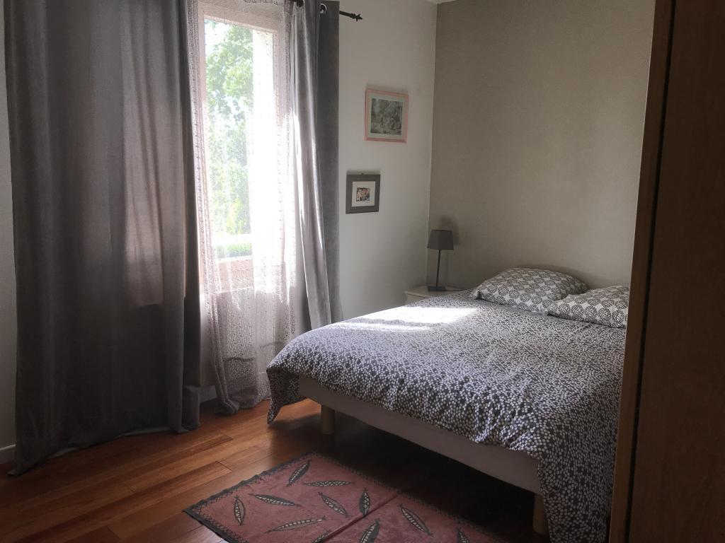 De particulier à particulier Dardilly, appartement chambre de 17m²