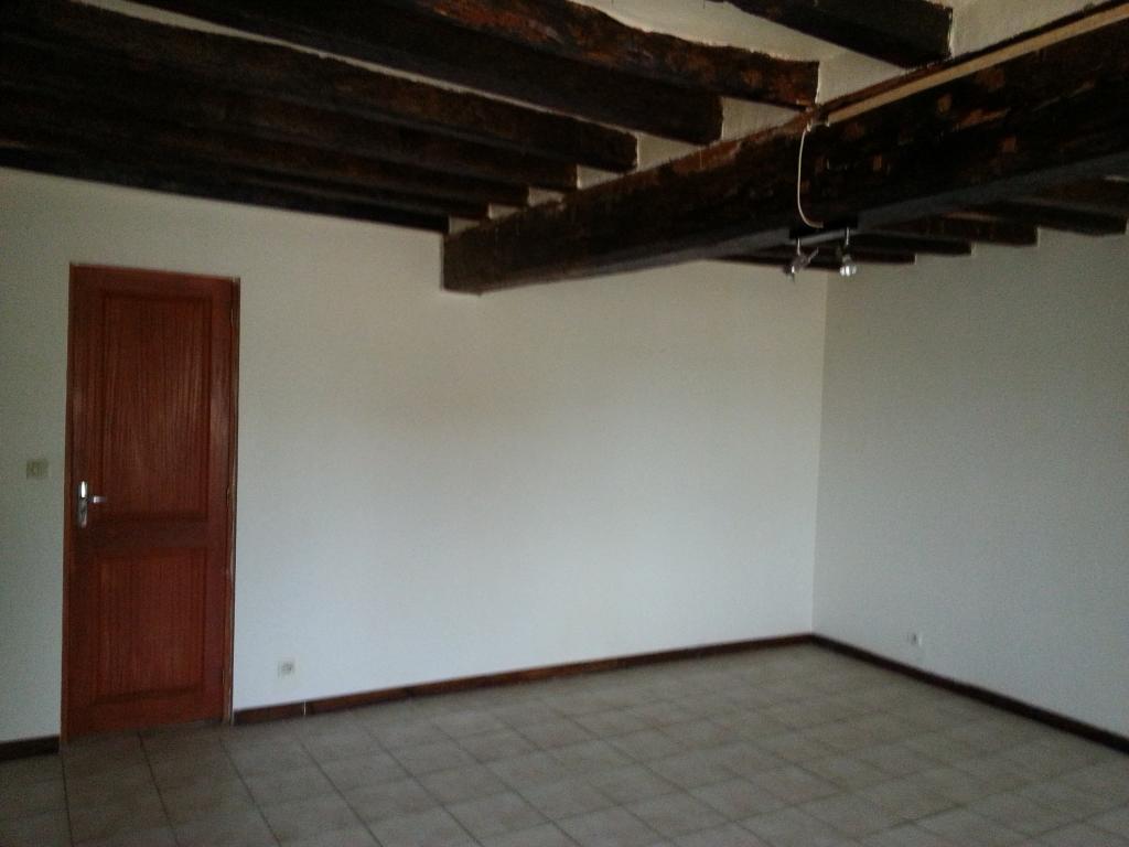 Entre particulier à Garancières-en-Drouais, maison, de 60m² à Garancières-en-Drouais