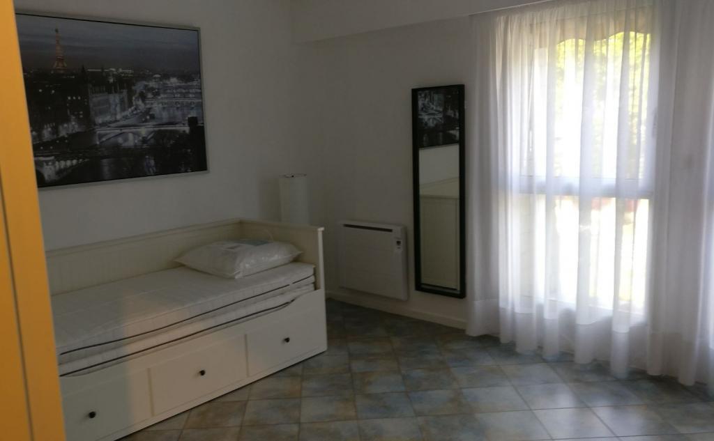 Location de particulier à particulier à Fontainebleau, appartement chambre de 15m²