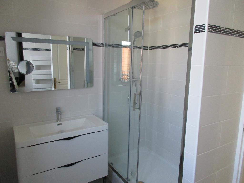 Entre particulier à Maisons-Alfort, appartement, de 60m² à Maisons-Alfort