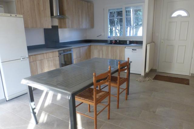 Location de maison meubl e sans frais d 39 agence recy for Garage solidaire montpellier