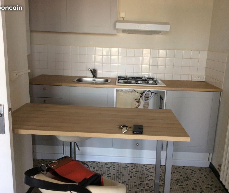 Location immobilière par particulier, Maillot, type appartement, 45m²