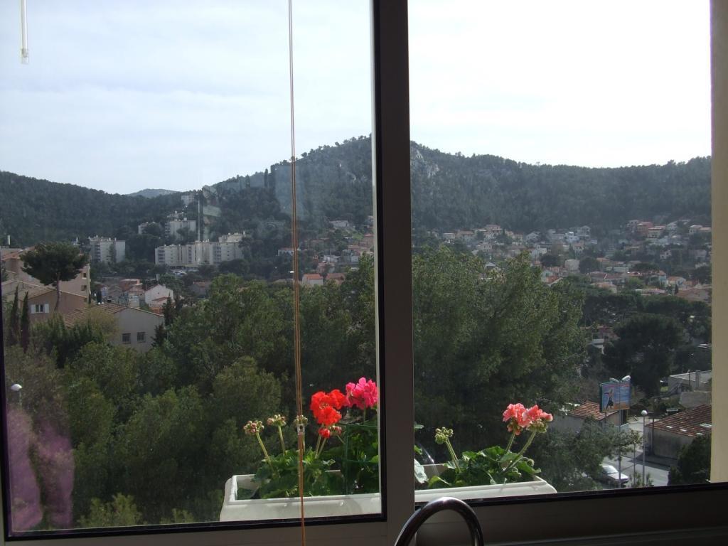 De particulier à particulier, studio à Marseille 09, 15m²