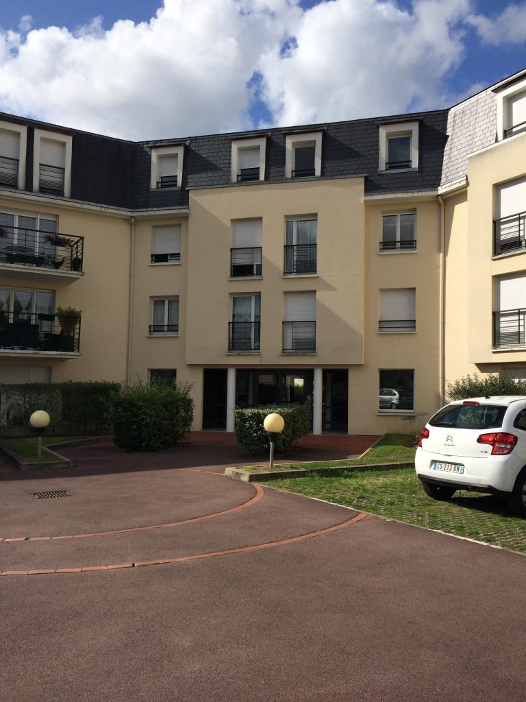 De particulier à particulier, appartement à Vineuil-Saint-Firmin, 64m²