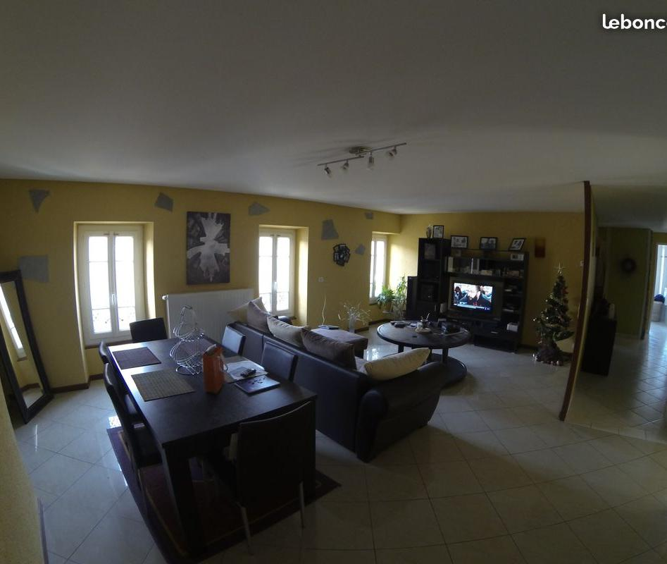 Location appartement entre particulier Comprégnac, appartement de 85m²