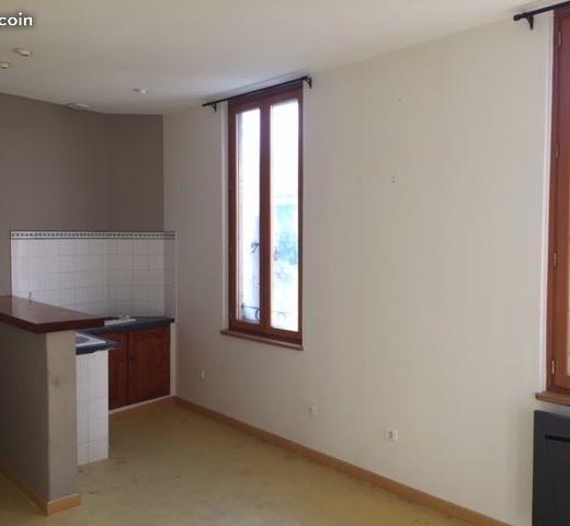 Appartement particulier, appartement, de 32m² à Jonquières-Saint-Vincent