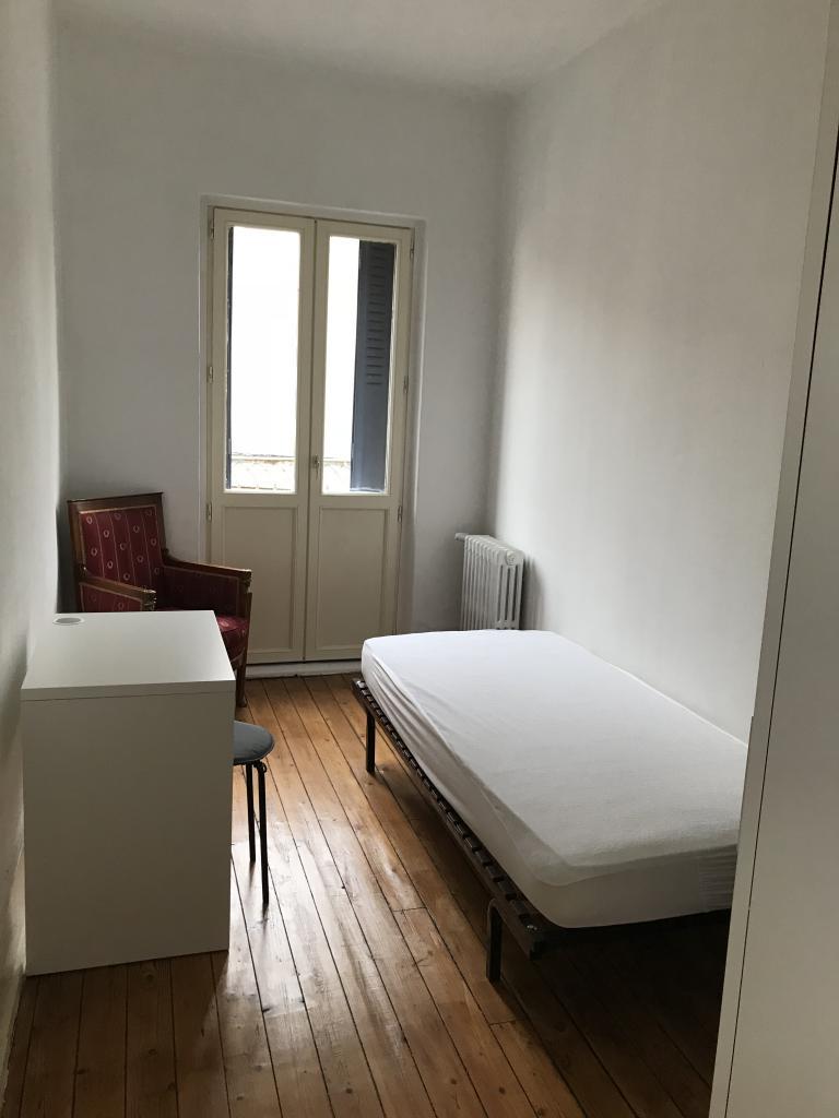 Appartement particulier, chambre, de 11m² à Neuvy