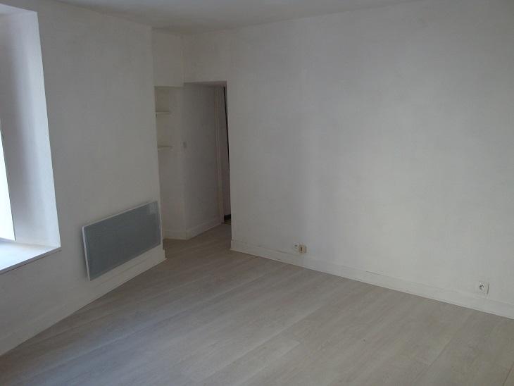 Location appartement entre particulier Bouesse, appartement de 35m²