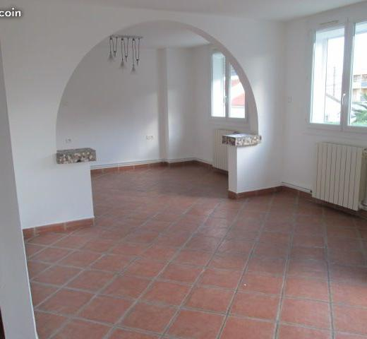 Location maison F3 Nimes - Photo 2