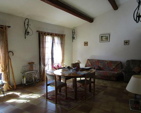 Entre particulier , maison, de 100m² à Montpezat