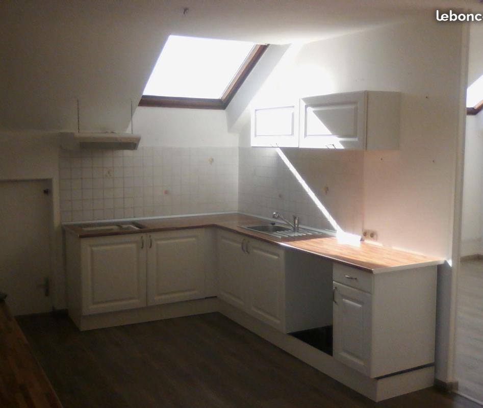 Location appartement entre particulier Grossœuvre, appartement de 100m²