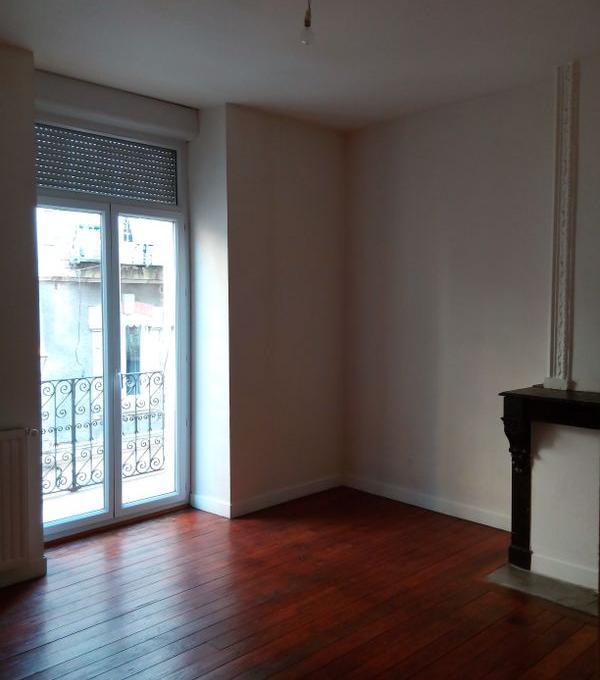 Location appartement entre particulier Vals-les-Bains, appartement de 75m²