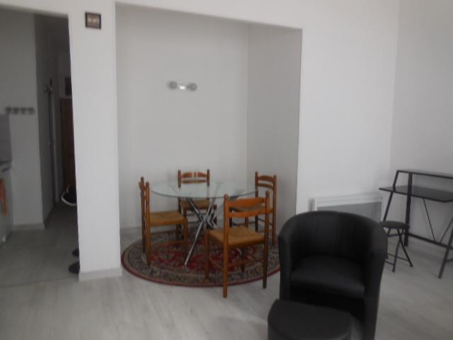 De particulier à particulier, appartement, de 40m² à Saint-Sulpice-de-Pommeray