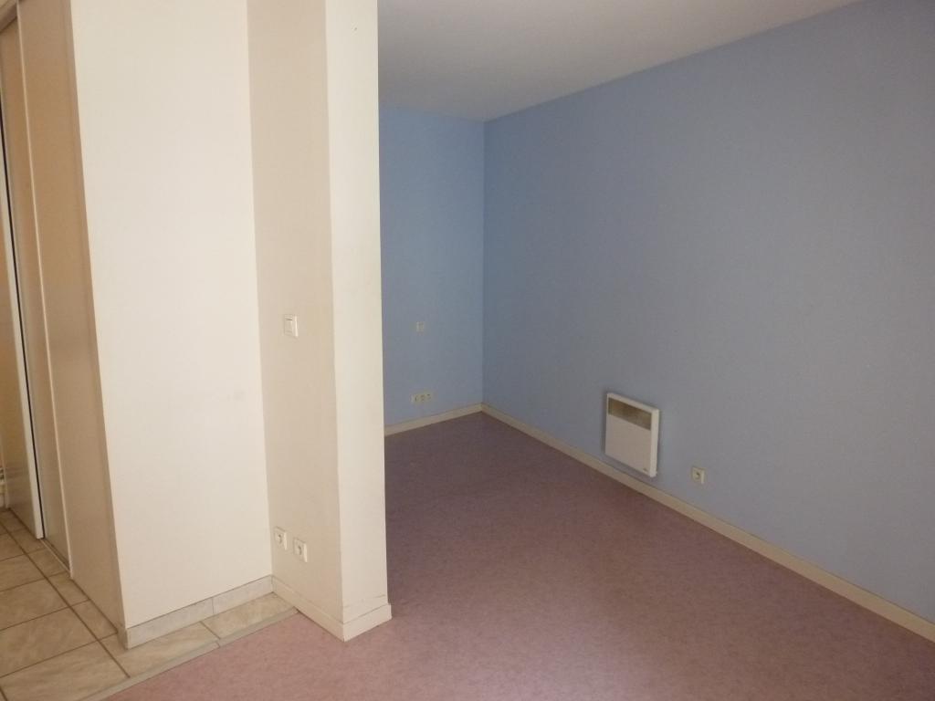 Location immobilière par particulier, Boulogne-sur-Mer, type studio, 28m²