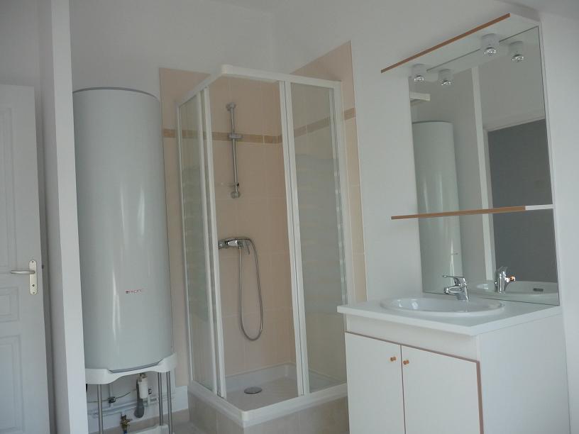 Particulier location, appartement, de 46m² à Boisset-les-Prévanches