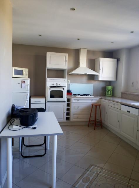 location de particulier venissieux. Black Bedroom Furniture Sets. Home Design Ideas