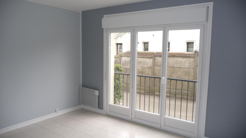 Location particulier à particulier, studio à Auxerre, 30m²