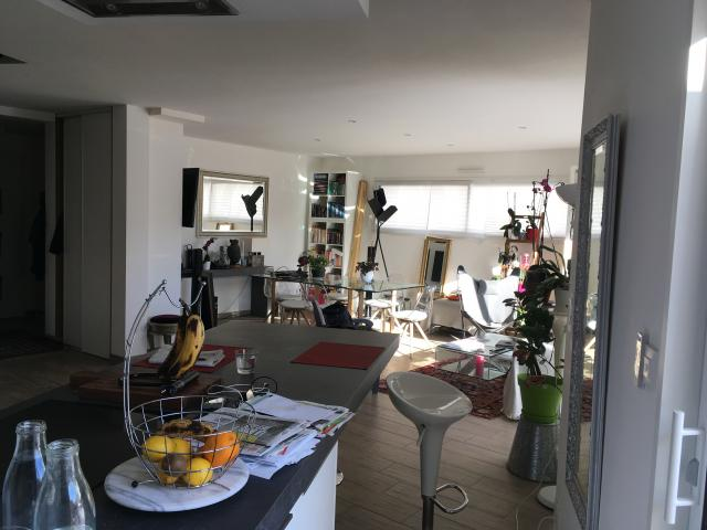 logement tudiant rennes 35 de particulier particulier. Black Bedroom Furniture Sets. Home Design Ideas