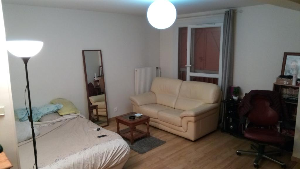 De particulier à particulier Villebon-sur-Yvette, appartement studio de 32m²